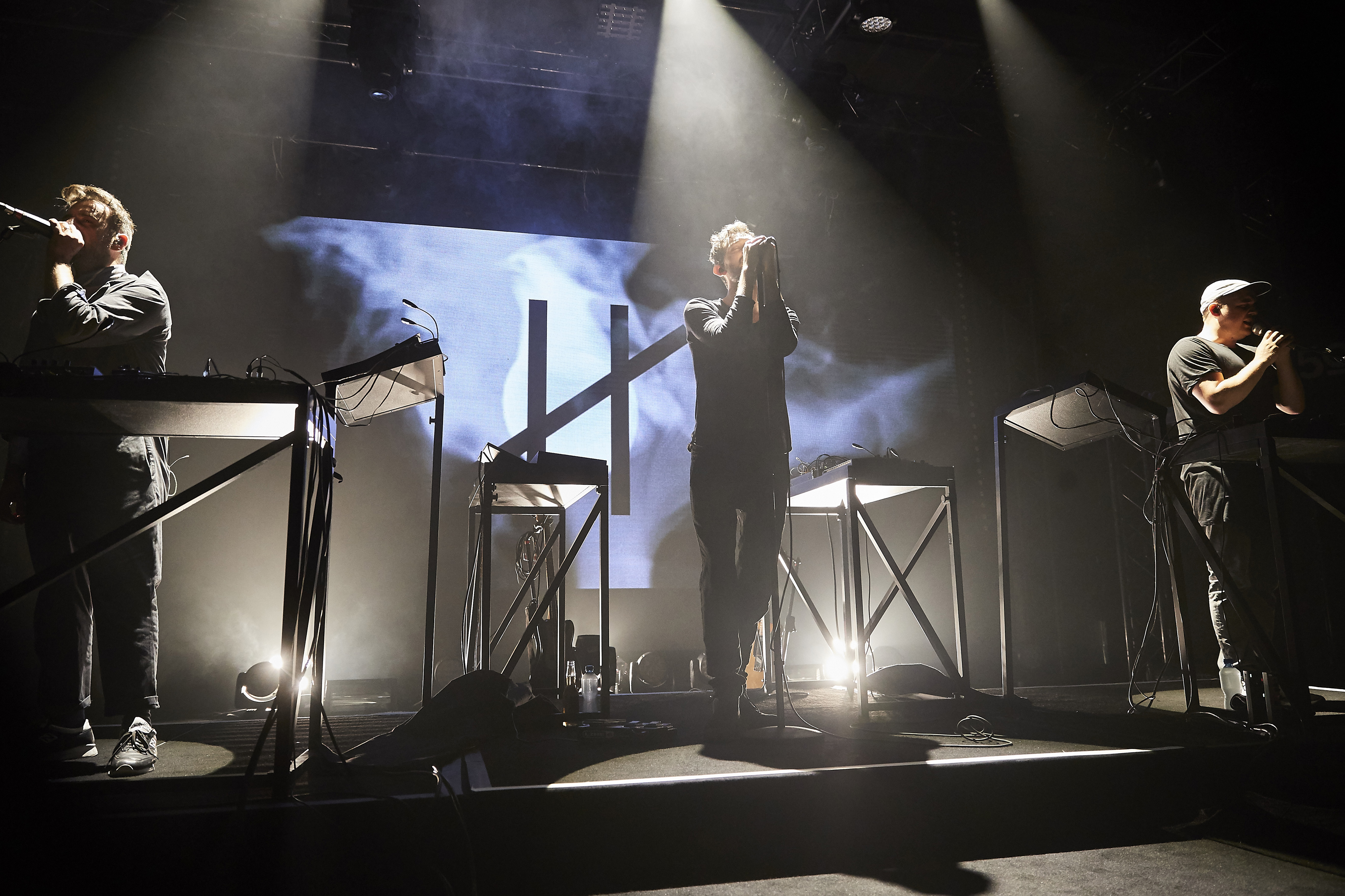 http://www.montreuxjazz.com/sites/default/files/photos/MJF_20160702_LAB_Moderat_DanielBalmat_DL0I4068.jpg