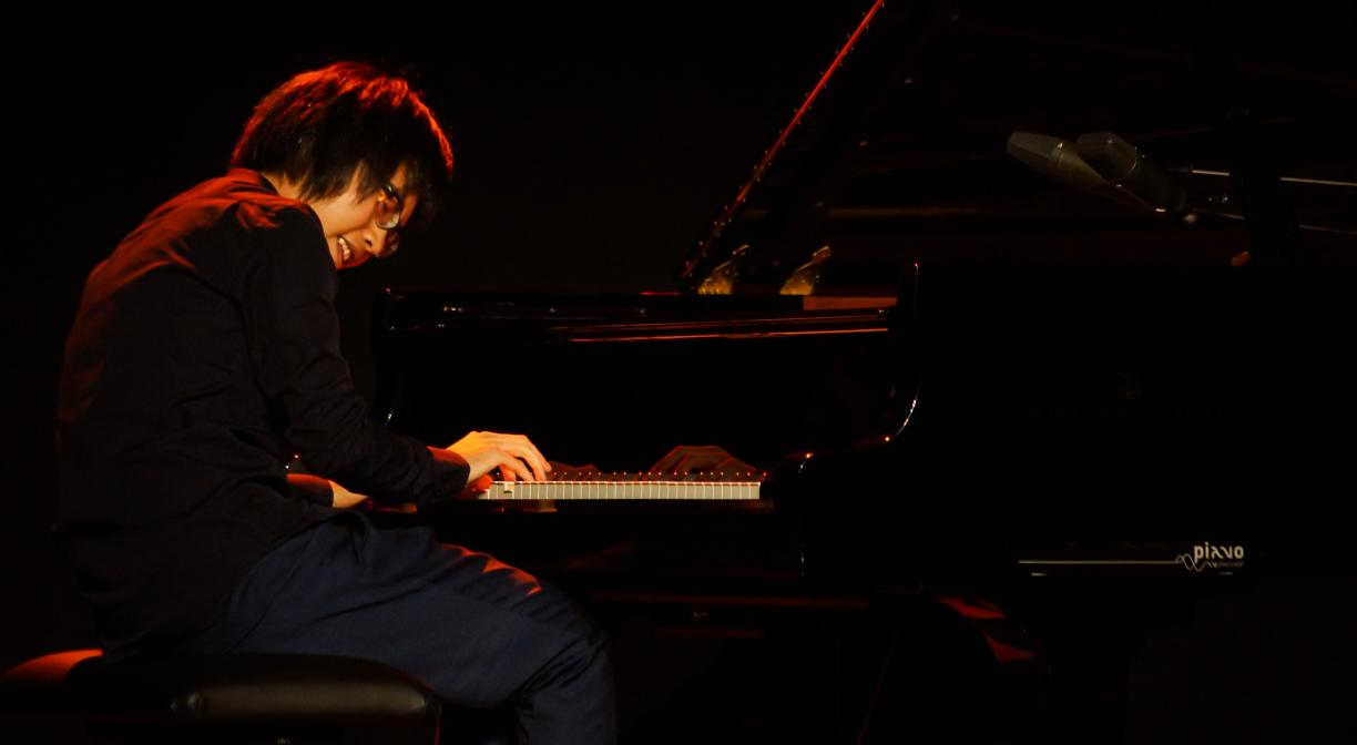 China's Dai Liang wins the Piano Competition