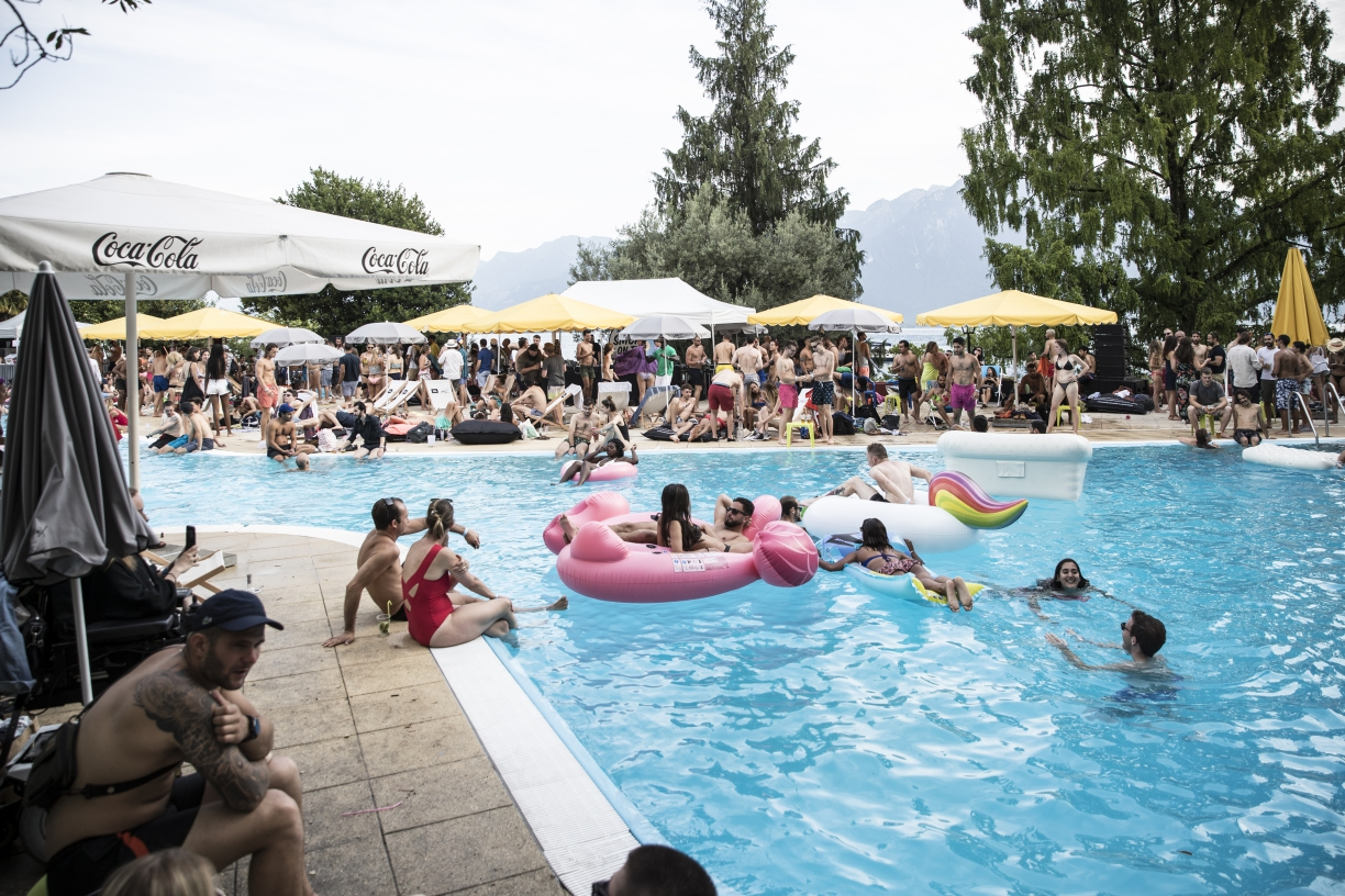 Pool party 08 july 2017 pool montreux jazz for Laurel municipal swimming pool
